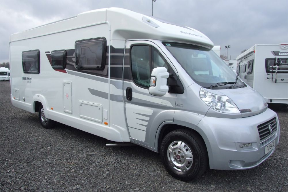 Swift Bolero 712SB - Single beds with rear washroom