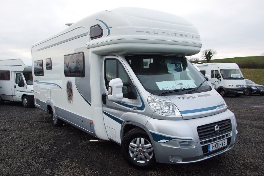MASSIVE SAVINGS!! SAVE £3000!! Auto Trail Scout 6 Berth with rear Lounge